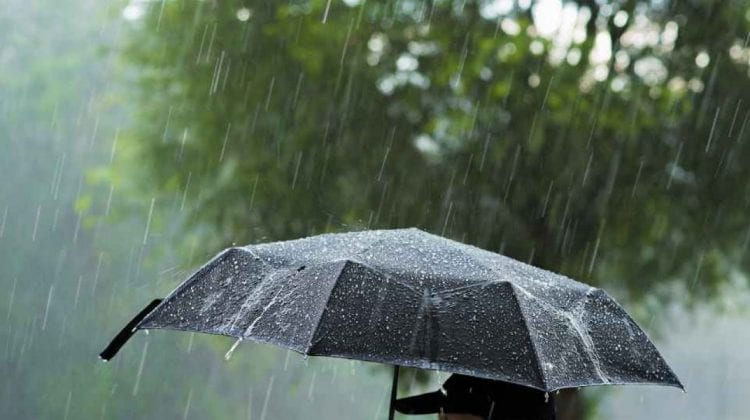 Alertă meteo! Cod galben de ploi în toată țara, însoțite de descărcări electrice