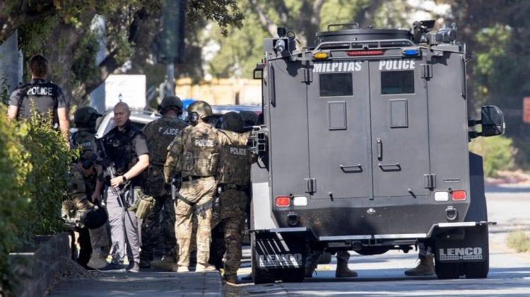 Atac armat în California: Cel puţin opt persoane au fost ucise