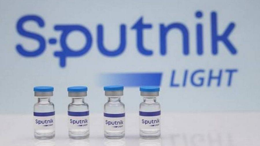Rusia înregistrează un vaccin anti-coronavirus cu administrarea unei singure doze