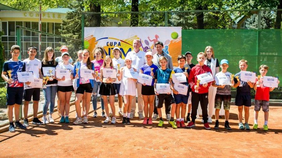 """Au fost desemnați câștigătorii Turneului național de tenis, """"Cupa FNTM-2021"""""""