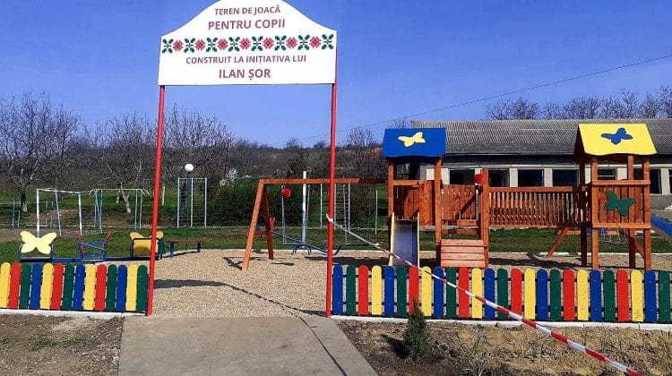 """Alte două terenuri de joacă au fost inaugurate de Partidul Politic """"ȘOR"""". Unde se află acestea"""