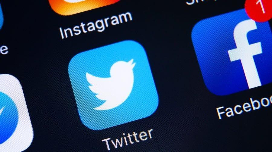 Rusia a renunțat la ideea de a bloca rețeaua de socializare Twitter