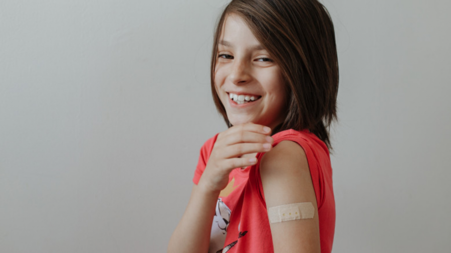 Copiii de 12-15 ani se vor putea vaccina cu Pfizer. Vaccinul a fost autorizat de Agenția Europeană a Medicamentului