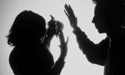(Studiu) Femeile cu venituri mici și educație redusă sunt cele mai expuse violenței