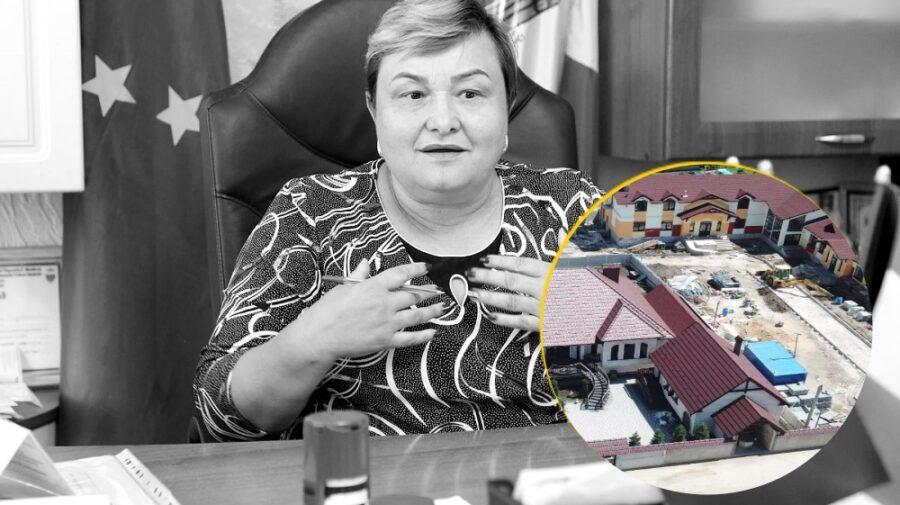 """VIDEO Grădiniţă nouă la Măgdăceşti cu interes! Primărița: """"Dvs. sunteți cei care ne-ați filmat… câinii?"""""""