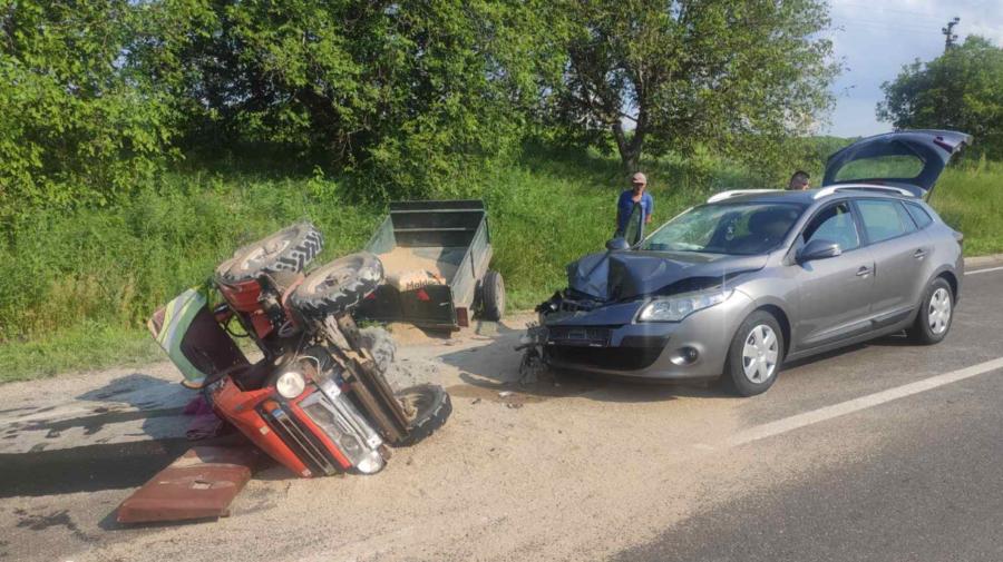 FOTO A fost transportat la spital în urma unui accident. Cum și unde s-a întâmplat impactul
