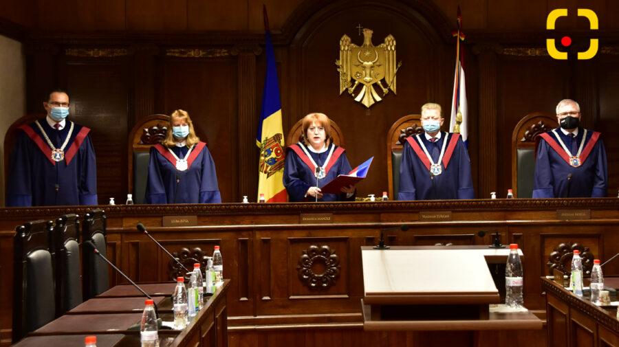 (DOC) Ultima oră! CCM a declarat neconstituțională legea privind numirea a patru membri CSM