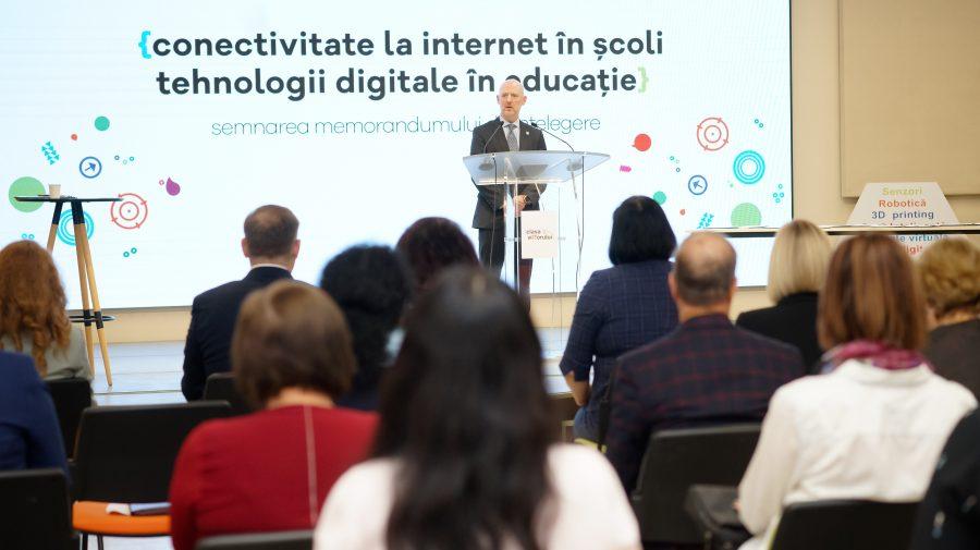 Facilități pentru elevi și profesori: Tehnologii digitale și internet de mare viteză în școlile din Moldova
