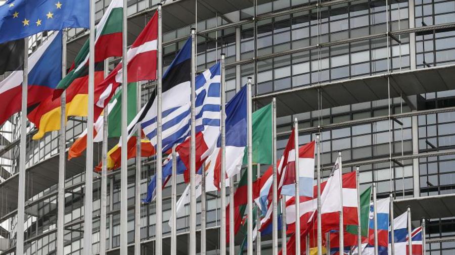Parlamentarii europeni revin la Strasbourg pentru prima dată după mai bine de un an