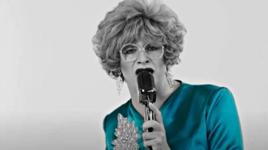 """VIDEO Crețu și-a lansat noua piesă, în susținerea PAS: """"Recunosc cu mâna pe inimă"""". Cine a investit în clip?"""