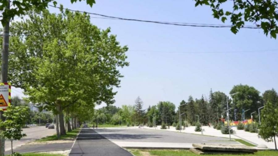 """În preajma parcului """"La Izvor"""" va fi amenajată o parcare auto pentru 460 de mașini"""