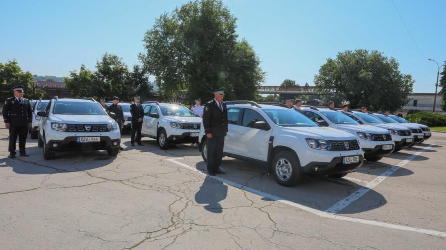 (VIDEO) Poliția Națională a fost dotată cu 30 de unități de transport și echipamente de protecție