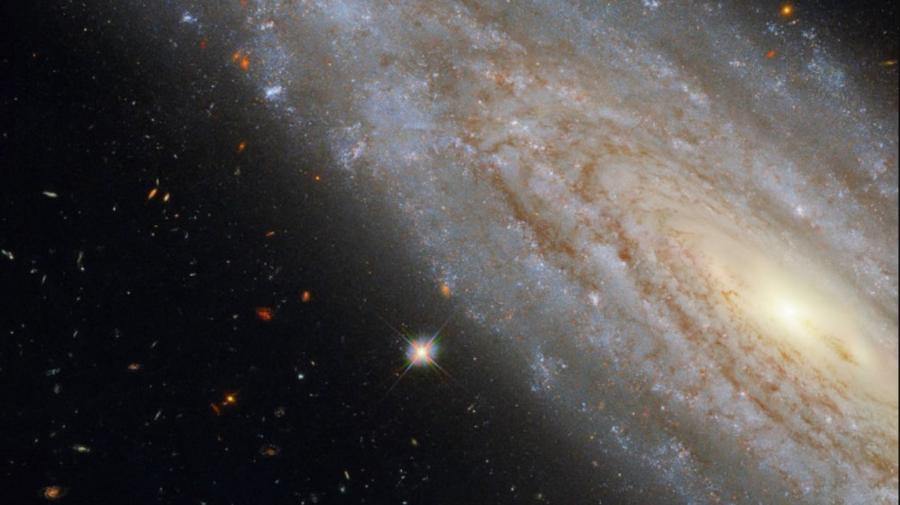 """NASA a descoperit o galaxie cu un """"secret fascinant"""""""