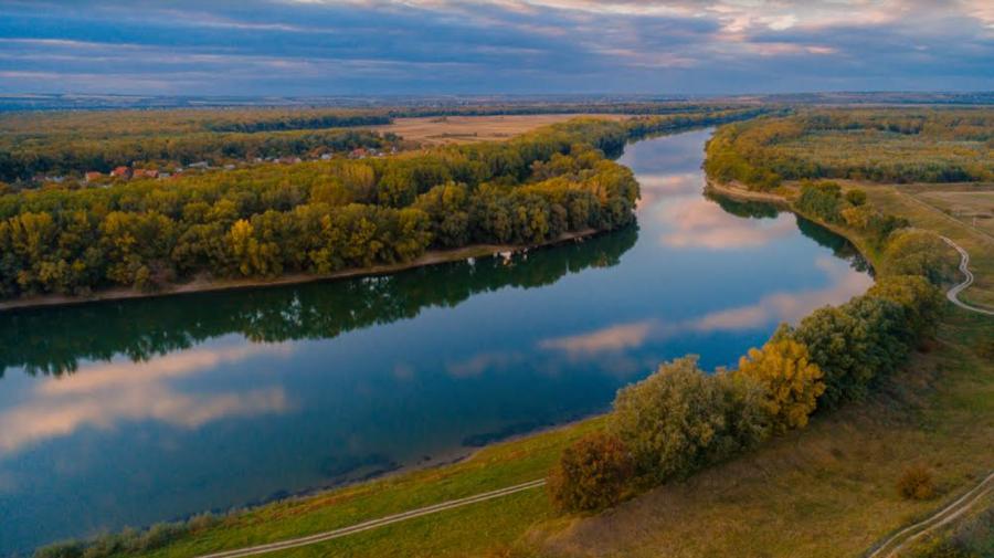 Complexul hidroenergetic nistrean influențează considerabil asupra calității apei și diversității biologice a Nistrului