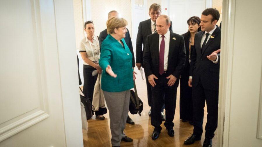 """Se propune organizarea unui summit UE-Putin. """"Rusia trebuie să vorbească ori cu UE, ori să nu vorbească cu nimeni"""""""