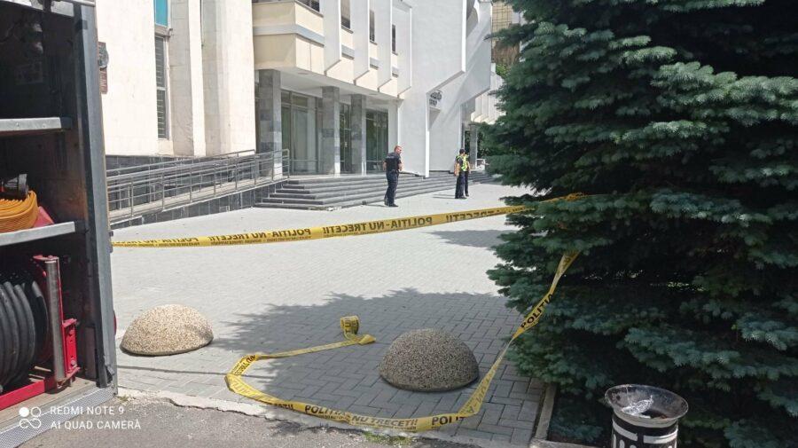 ALERTĂ! Două judecătorii din Capitală, gata să explodeze. Detalii de la poliție