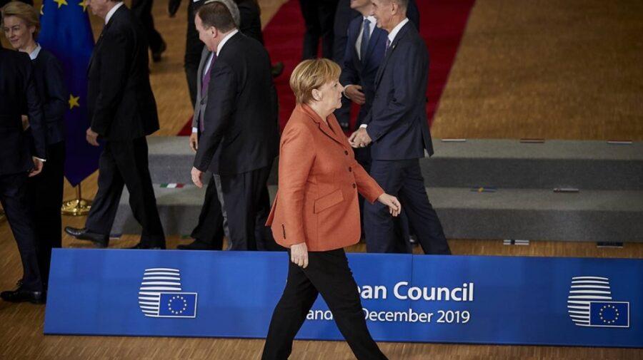 """Apune """"era Merkel"""". Veterană a istoriei UE, Angela Merkel participă, probabil, la ultimul său Consiliu European"""