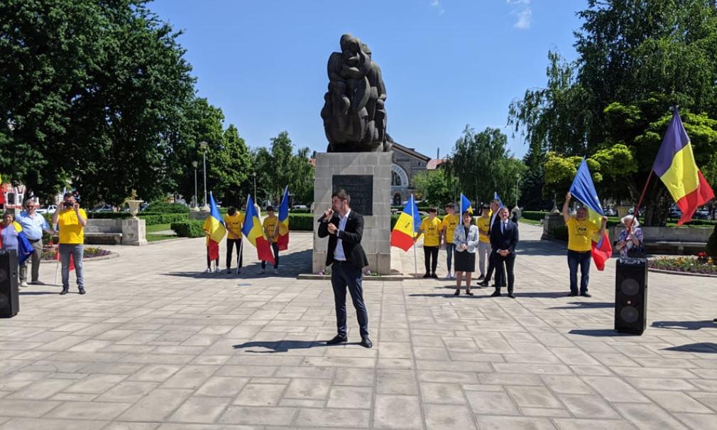 """(FOTO,VIDEO) """"Ne batem pentru a reveni la locul nostru de cinste în Parlament!"""" AUR s-a lansat în campania electorală"""