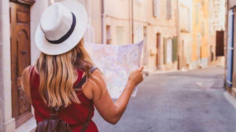 Noi alerte de călătorii peste hotare. Aflați aici noile reguli