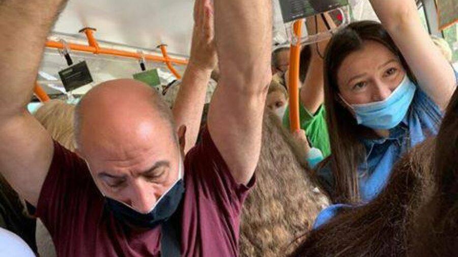 """""""Vă rugăm să nu experimentăm cu oamenii""""! Ce spune edilul Capitalei despre zăpușeala din transportul public"""