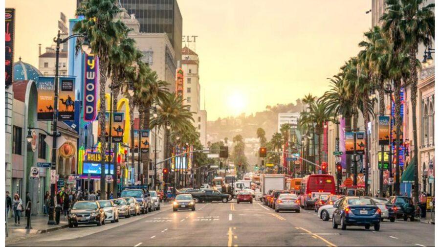 Zece cele mai frumoase străzi ale lumii. Au devenit cunoscute pentru magazine, barurile gay, muzica live și restaurante