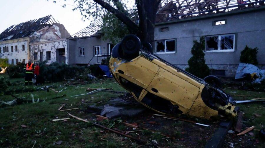 GALERIE FOTO, VIDEO Dezastru în Cehia! Tornadă devastatoare a provocat noaptea trecută mai mulți morți și 300 de răniți