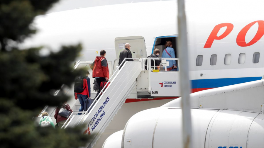 Ambasada Rusiei la Praga a fost golită de mai mulți presupuși spioni. Peste 120 de diplomați s-au întors la Moscova