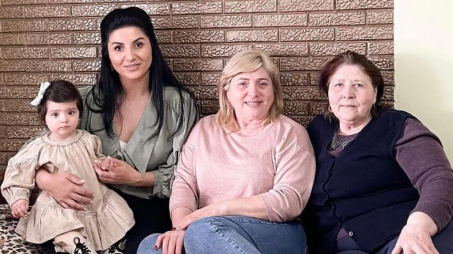 VIDEO Părinți plecați de acasă peste 20 de ani. Svetlana Sainsus a povestit despre copilăria sa. I-au dat lacrimile