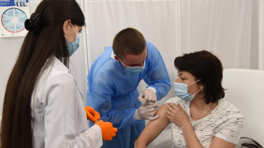 Un nou maraton de vaccinare împotriva COVID-19, la Palatul Republicii. Cetățenii se pot imuniza fără programare