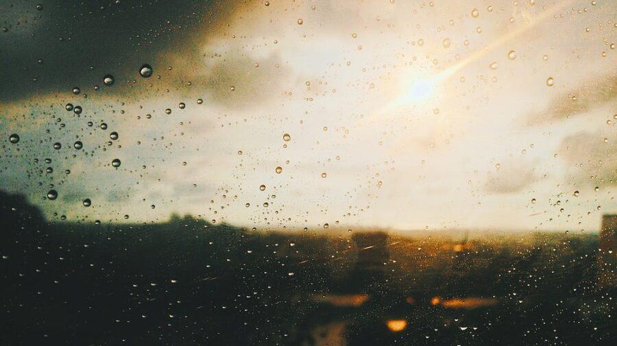 """Mercurul va """"fierbe"""" azi în termometre, dar ar putea fi """"stins"""" de o ploaie cu descărcări electrice"""