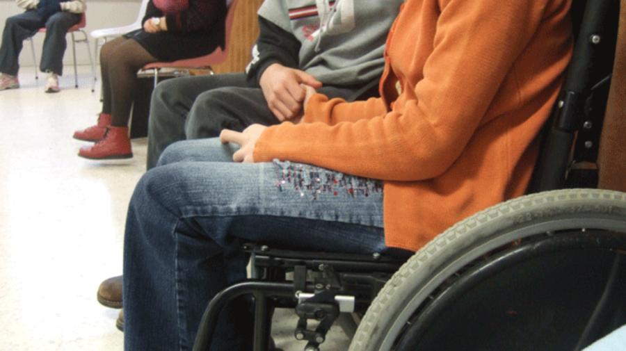 Au propus soluții IT de acces la justiție pentru persoanele cu dizabilități și au câștigat. Cu ce premii s-au ales