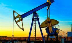 Cotațiile petrolului la bursele internaționale au urcat la un nou maxim al ultimilor 2 ani