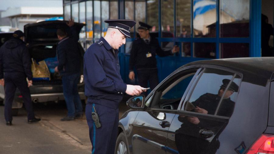În ajun de alegeri anticipate, 19 mii de persoane au intrat în Republica Moldova