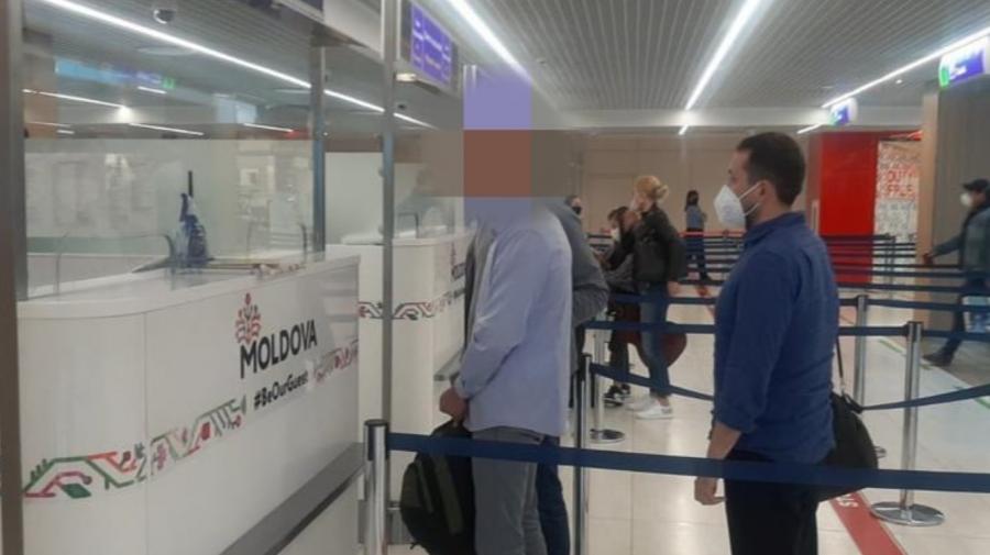 Moldovean aflat în căutare internațională, extrădat din Spania. Ar fi furat bijuterii în valoare de mii de lei
