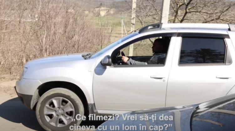 Încercarea unui pădurar de a tampona cu mașina un jurnalist, condamnată de ONG-urile de media