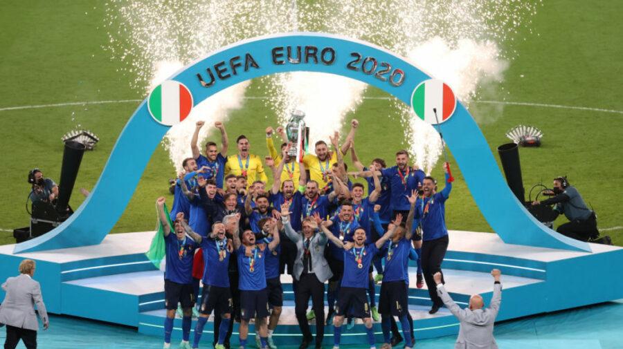Italia – noua campioană EURO 2020! Cine-i eroul cu golul? Imagini memorabile de pe stadionul de la Londra