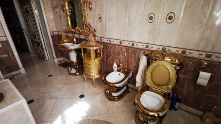 VIDEO O toaletă aurită l-a făcut celebru pe un colonel de poliție din Rusia, cercetat pentru luare de mită