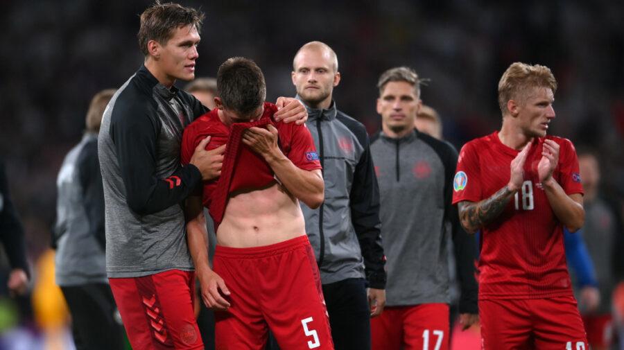 Imagini dureroase de pe Wembley: Danezii, după meciului cu Anglia din semifinala EURO 2020