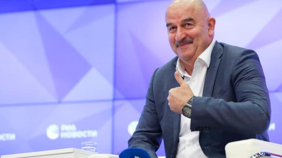 Echipa națională de FOTBAL a Rusiei a rămas fără antrenor principal. Cercesov, DEMIS din funcție
