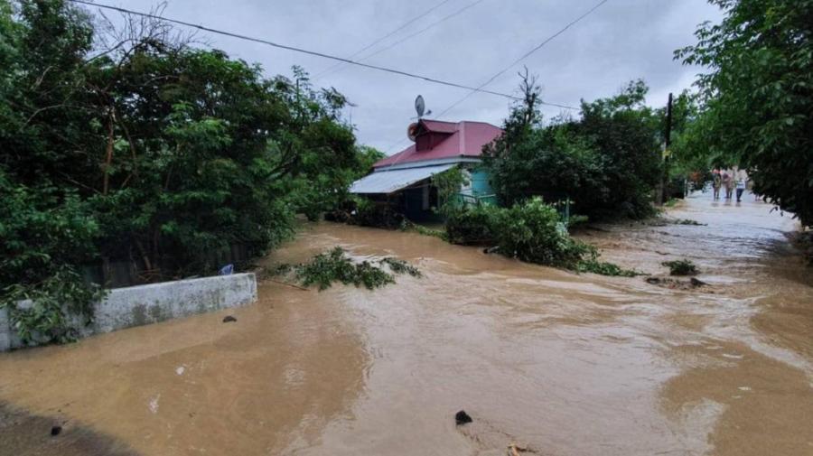 VIDEO Crimeea din nou INUNDATĂ: Ploile ABUNDENTE au lovit peninsula