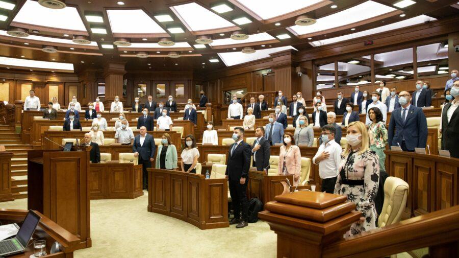 S-a încheiat sesiunea de primăvară a Parlamentului. Merg în vacanță deputații sau vor lucra mai departe?