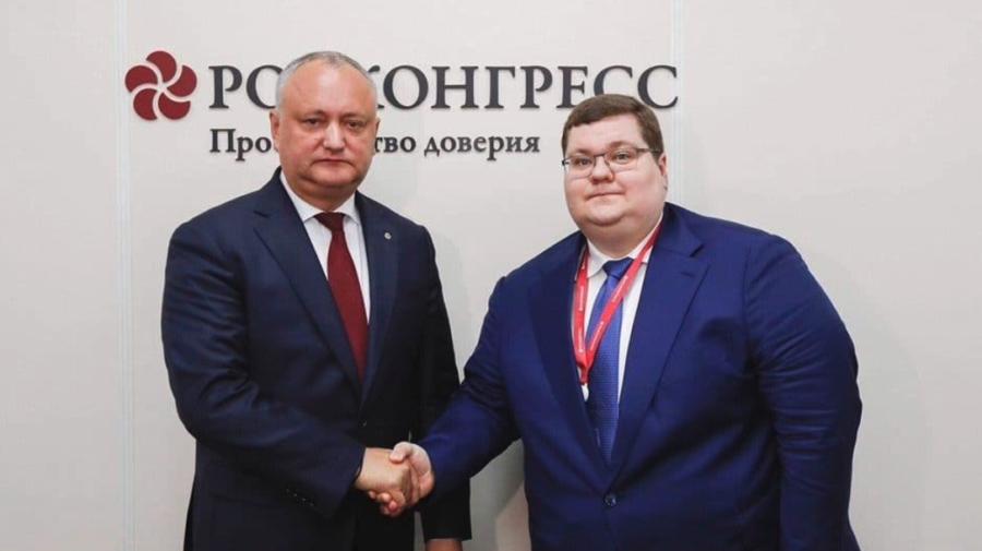Operațiunea #Morkovka! Scurgeri din telefonul lui Dodon cu zeci de dovezi care arată implicare Rusiei în campanie