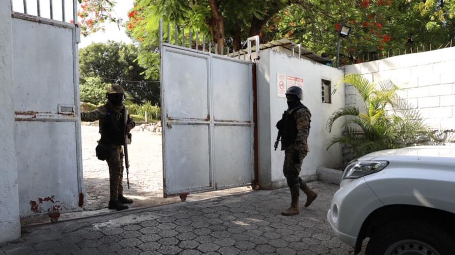 Poliția din Haiti a identificat suspecți de asasinarea președintelui! Pe 4 i-a împușcat. A fost o crimă politică?