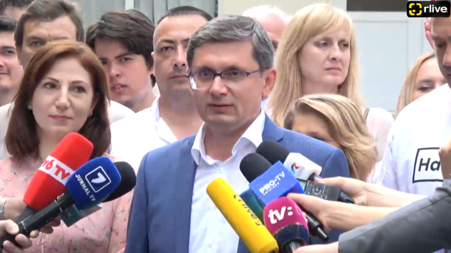 Cu aplauze, așa a votat Igor Grosu, liderul PAS. Ce l-a impresionat cel mai mult dimineață pe acesta