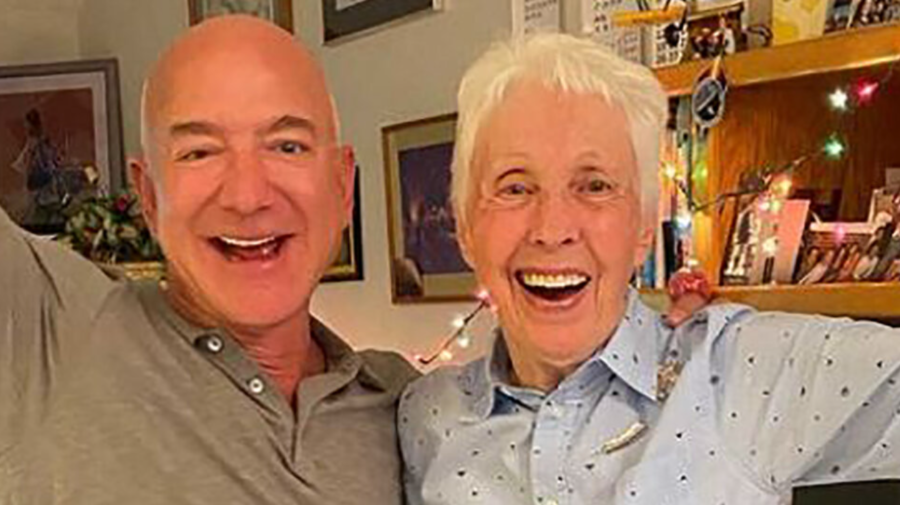 O femeie de 82 de ani îl va însoți pe Jeff Bezos în spațiu. Care a fost reacția acesteia când a aflat noutatea