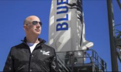 Jeff Bezos este al doilea miliardar care pleacă în spațiu! Astăzi va încerca să vadă stelele cu racheta New Shepard
