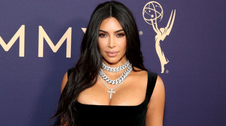 FOTO Kim Kardashian, fără Photoshop sau intervenții chirurgicale. Fani uimiți cu poze de acum 20 de ani