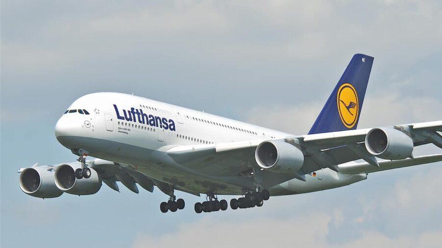 Lufthansa retrage din aeronavele sale expresia doamnelor și domnilor. Cu ce formă de salut vor fi întâmpinați oaspeții
