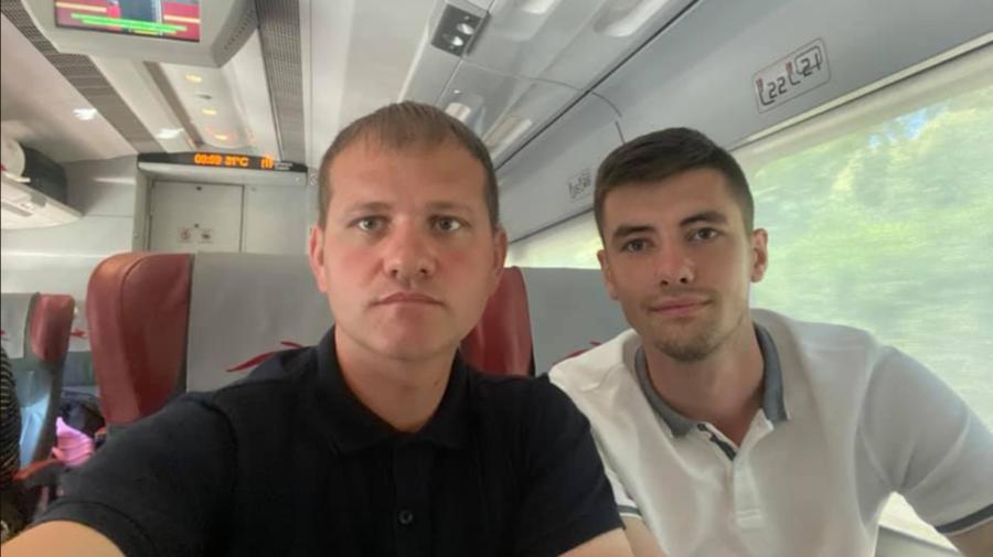 Valeriu Munteanu și Vlad Bilețchi, au zburat spre Milano pentru a vota: Vom fi alături de basarabenii noștri minunați