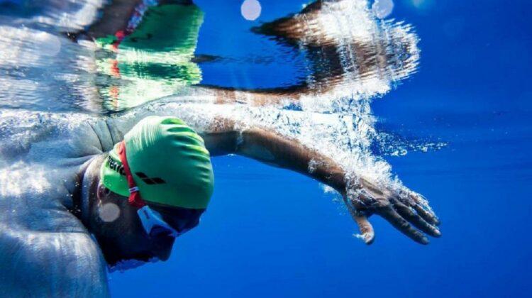 Un nou record mondial pentru cea mai mare distanță de înot în ocean – 125 de km în 50 de ore
